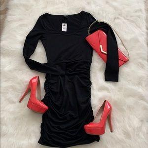 ✨NWT✨Express xs black dress